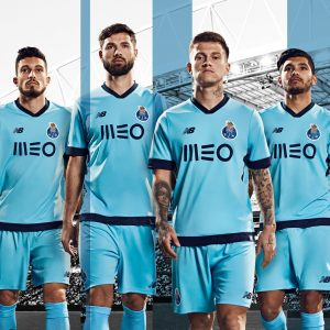 https://invictadeazulebranco.pt/fc-porto-revelou-o-equipamento-alternativo-para-2017-2018/