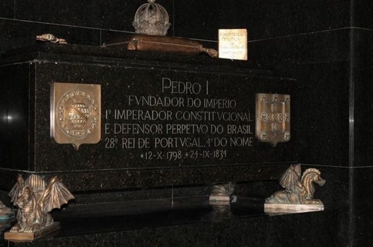 Túmulo de D. Pedro IV