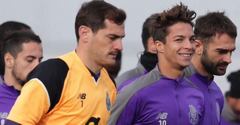 Óliver... Casillas - FC Porto