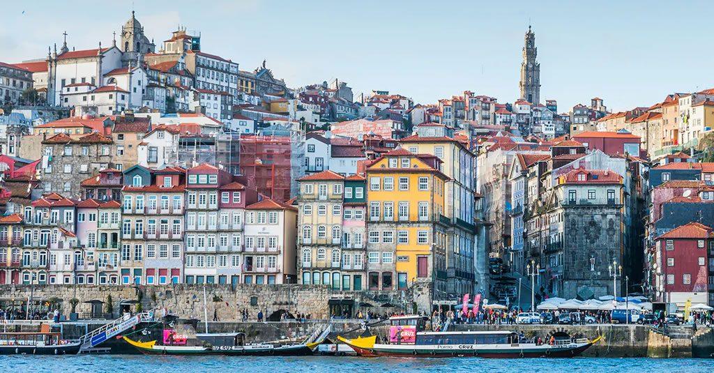 """O Porto vive """"um momento mágico de rejuvenescimento"""" diz o Telegraph"""